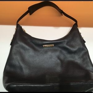 Vince Camuto black leather zip-top purse